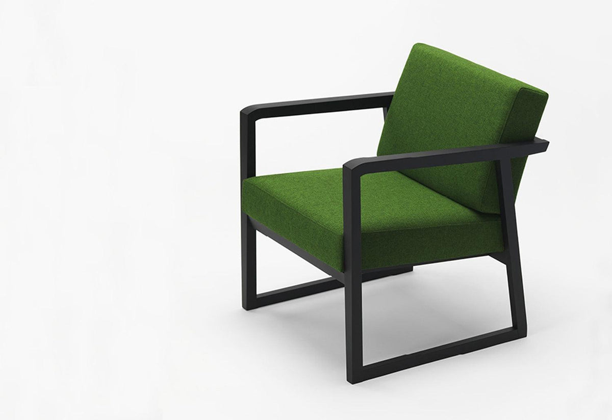 Pod lounge chair, Takashi kirimoto, Zilio a and c
