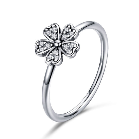 Simple Daisy Ring