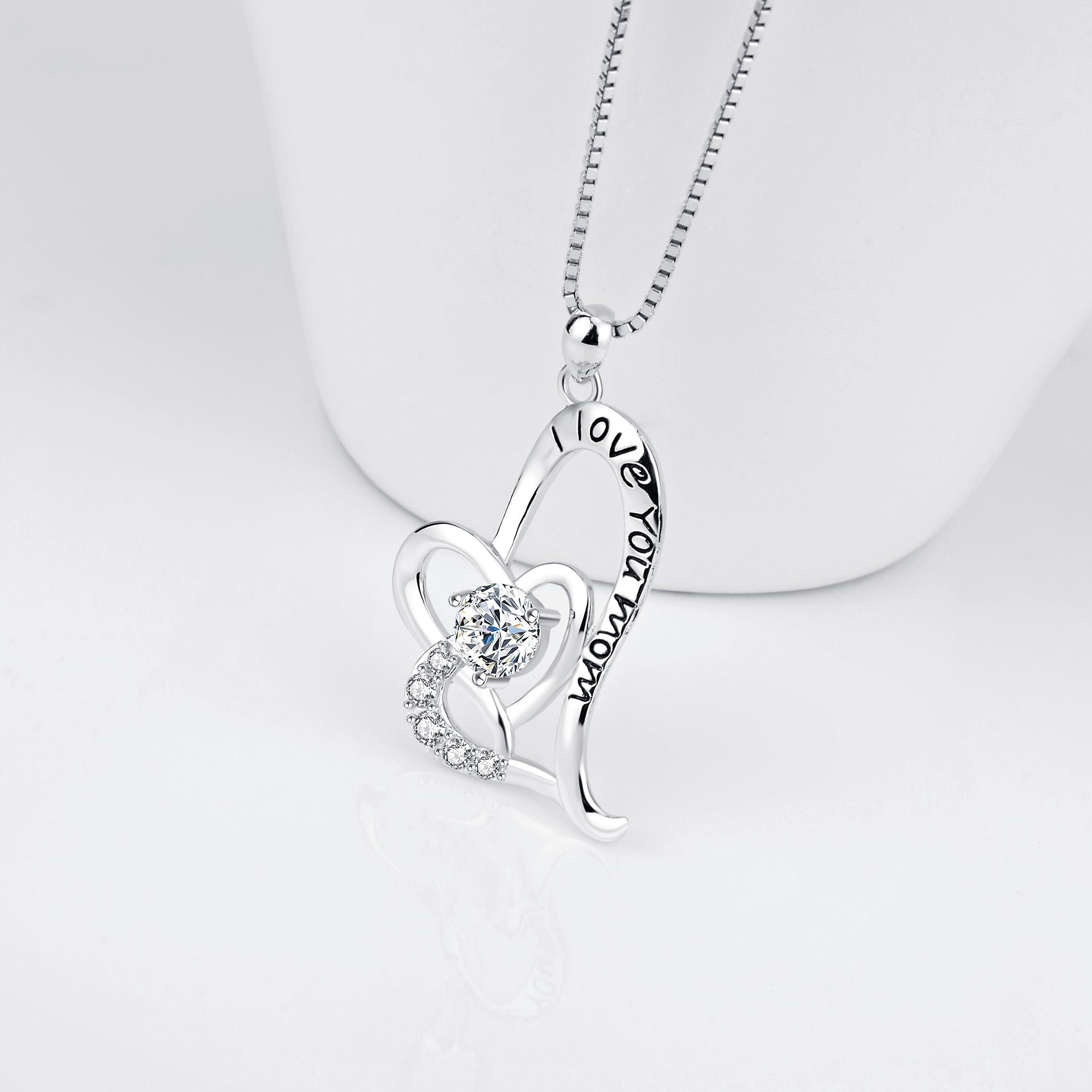 Mother's Day Necklace I Love Mom Engraved Zirconia Necklace