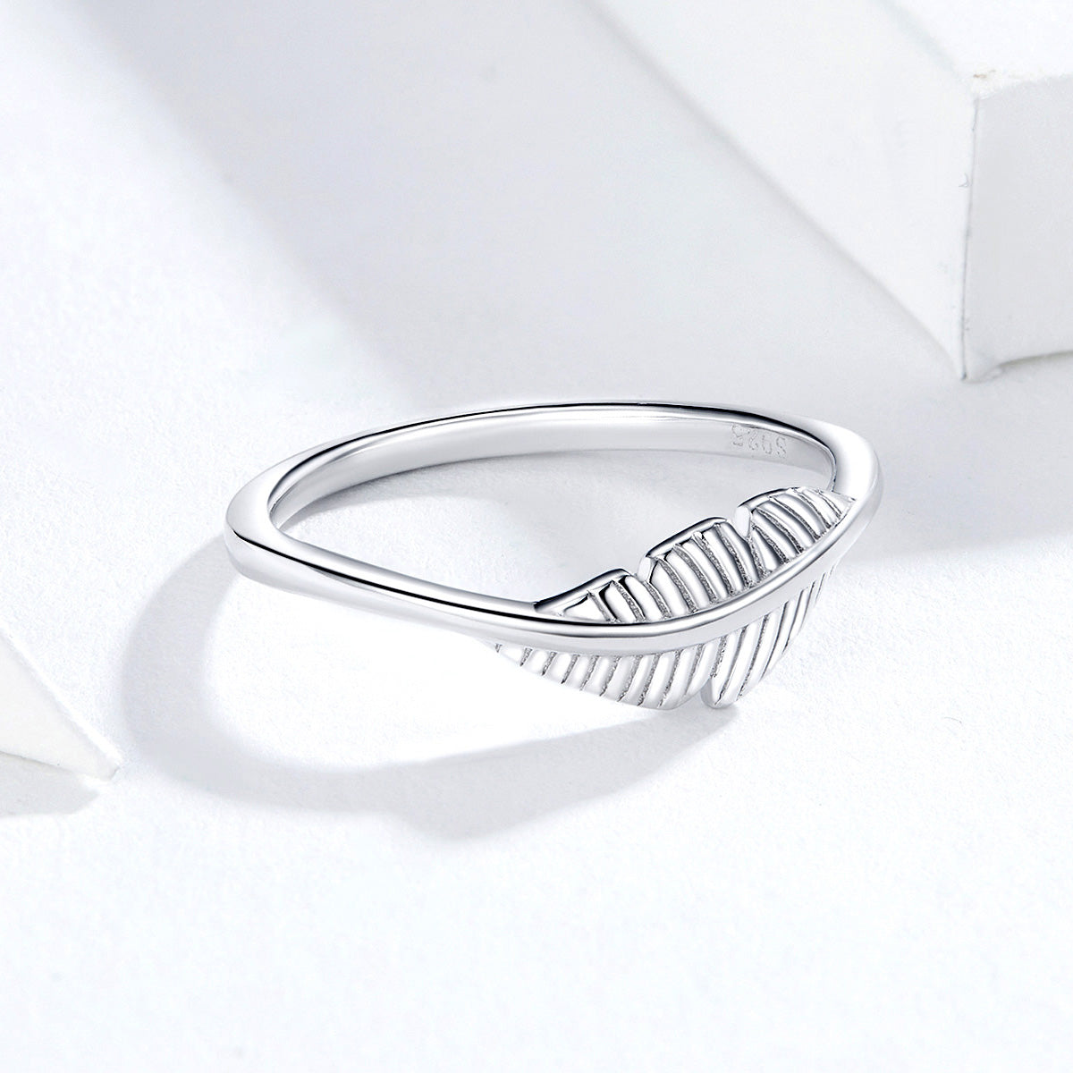 S925 Sterling Silver Feather Ring Oxidized Zircon Ring
