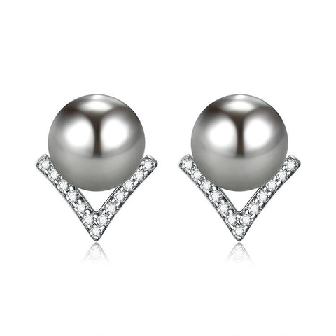 V-shaped zircon pearl stud earrings 925 sterling silver Korean version of the new geometric shape simple temperament earrings