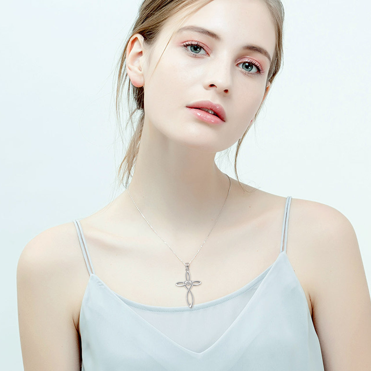 2019 New Design Custom Pendant Necklace Cool Cross Christmas Necklace