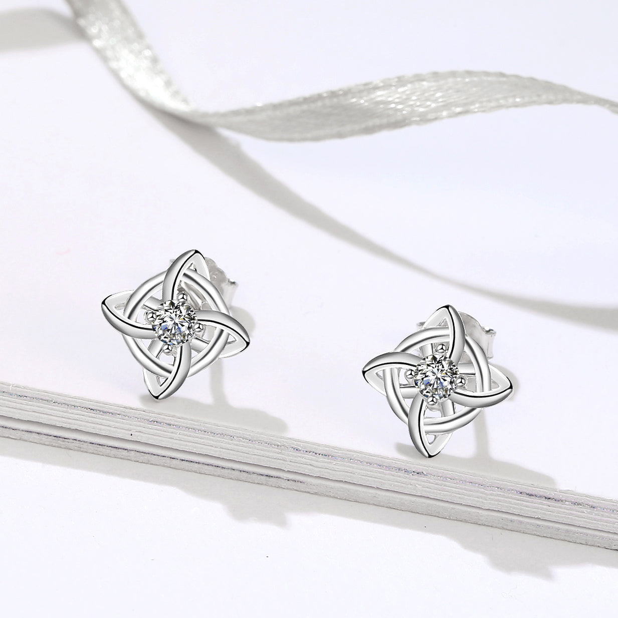 Wholesale Factory Fashion lovely Celtic Knot Stud Silver Earring