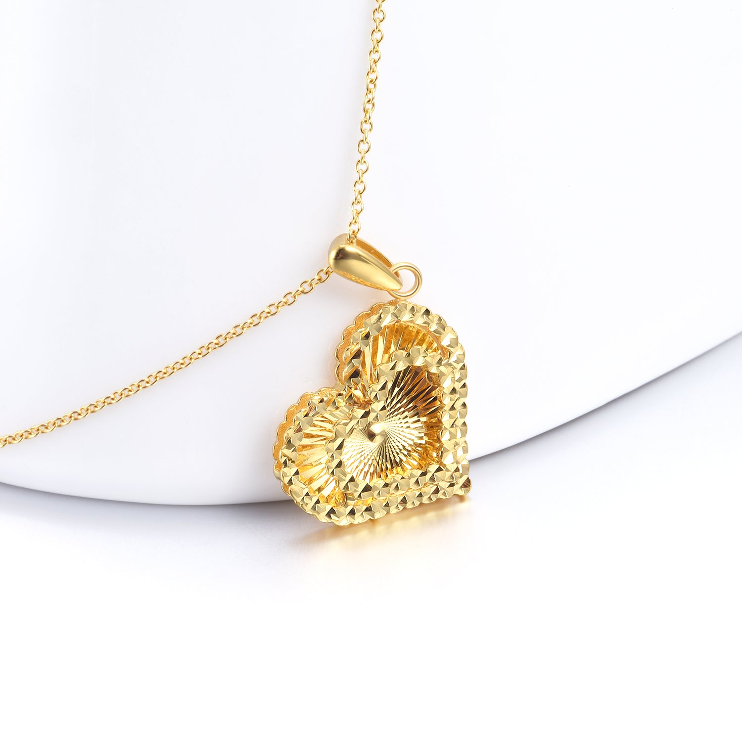 18K Gold Spiral Corrugated Heart-Shaped Clavicle Chain Fashion Wild Models