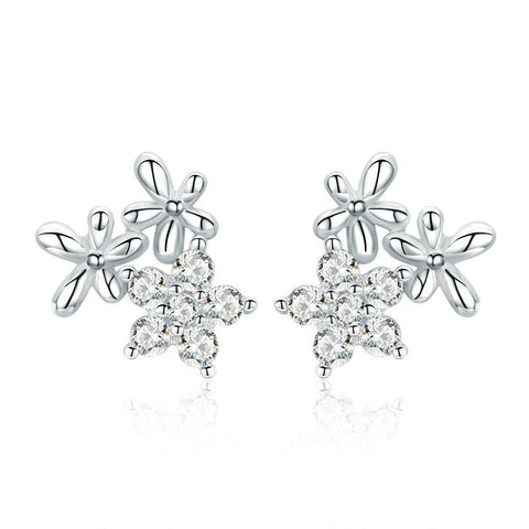 Luminous Gypsophila Star Flower Stud Earrings