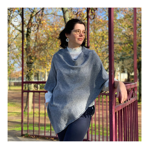 Poncho en maille anthracite