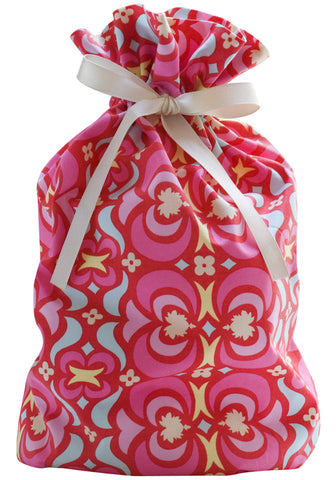 kaleidoscope pink cloth gift bag