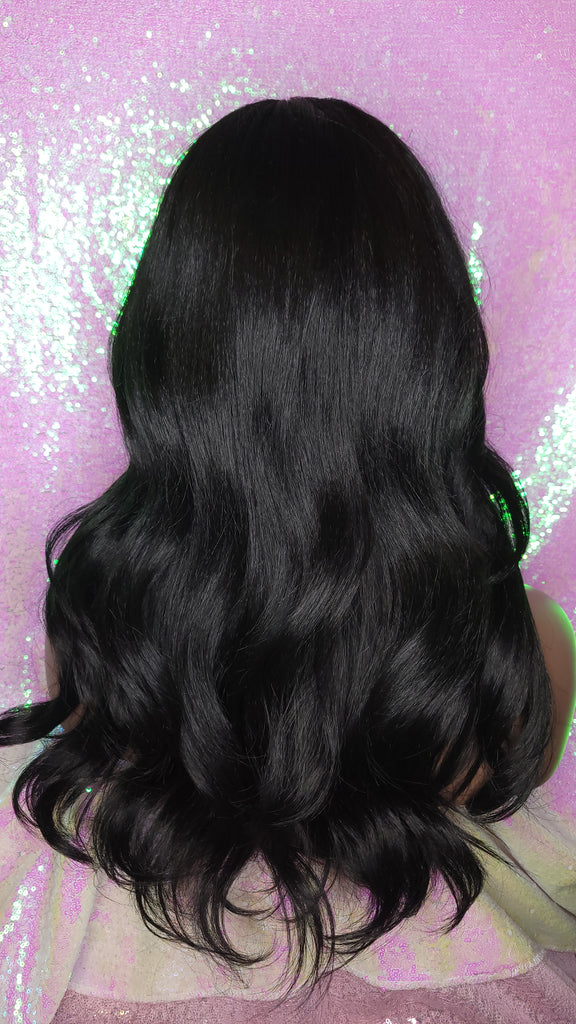 Long Loose Wave Heat Resistant Lace Wig Natural Hairstyle Celebrity Style Wig