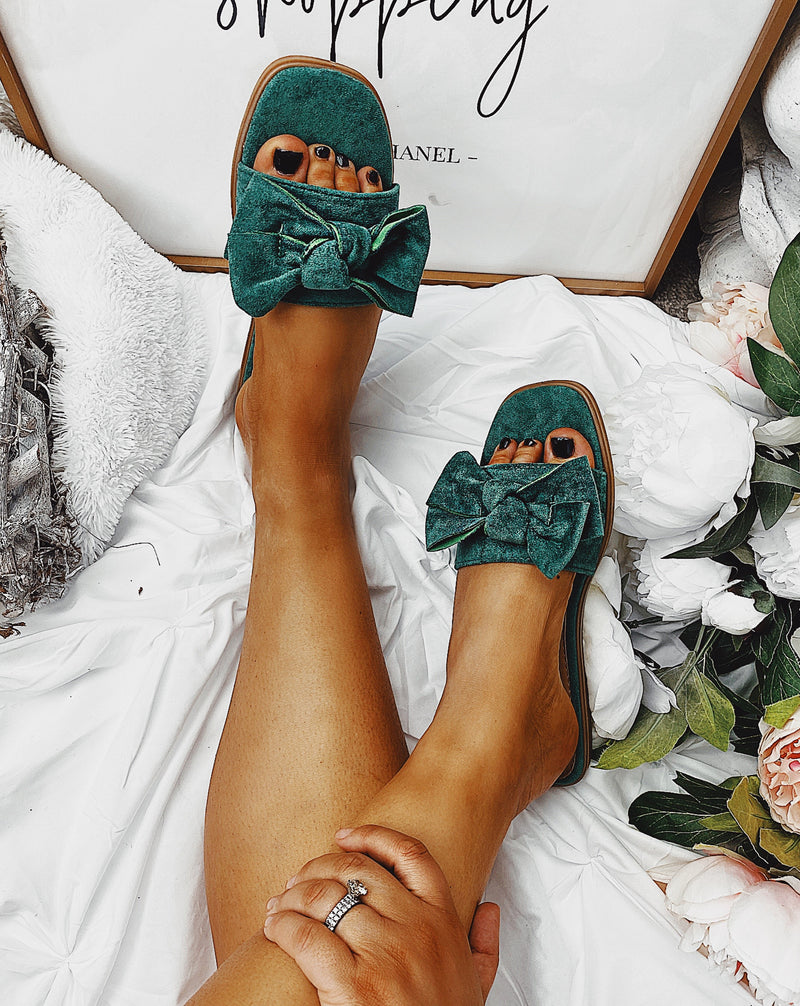 Thea Bow Sandals Emerald City Green