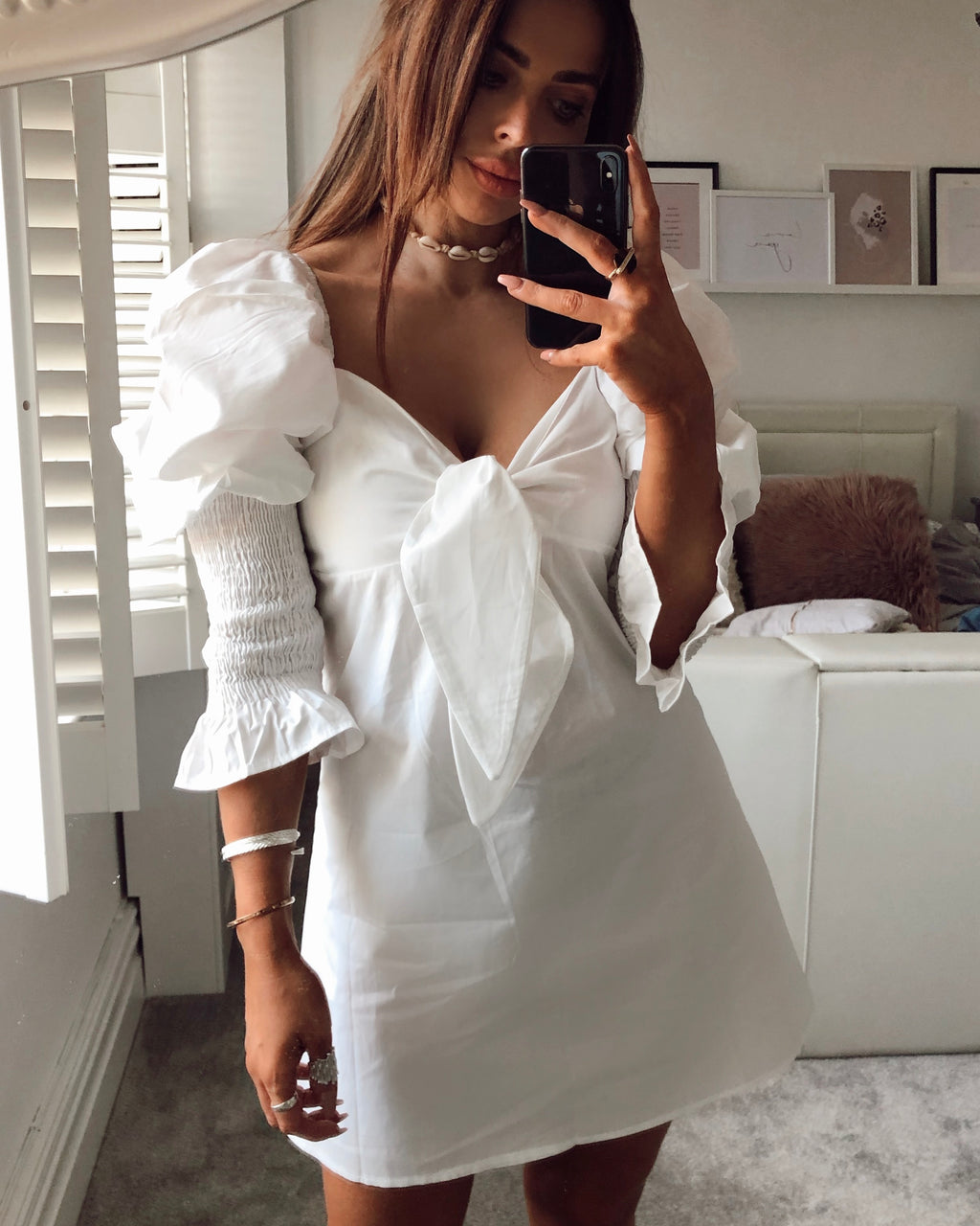 ladies white puff sleeve dress