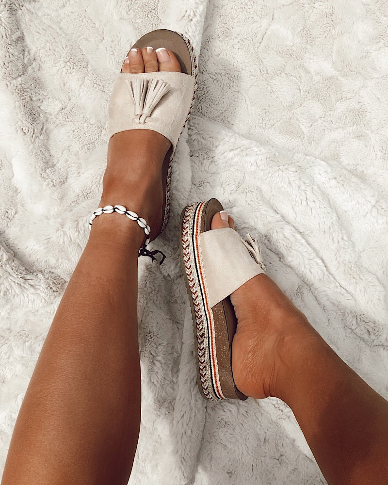 Tassel Slides in Beige