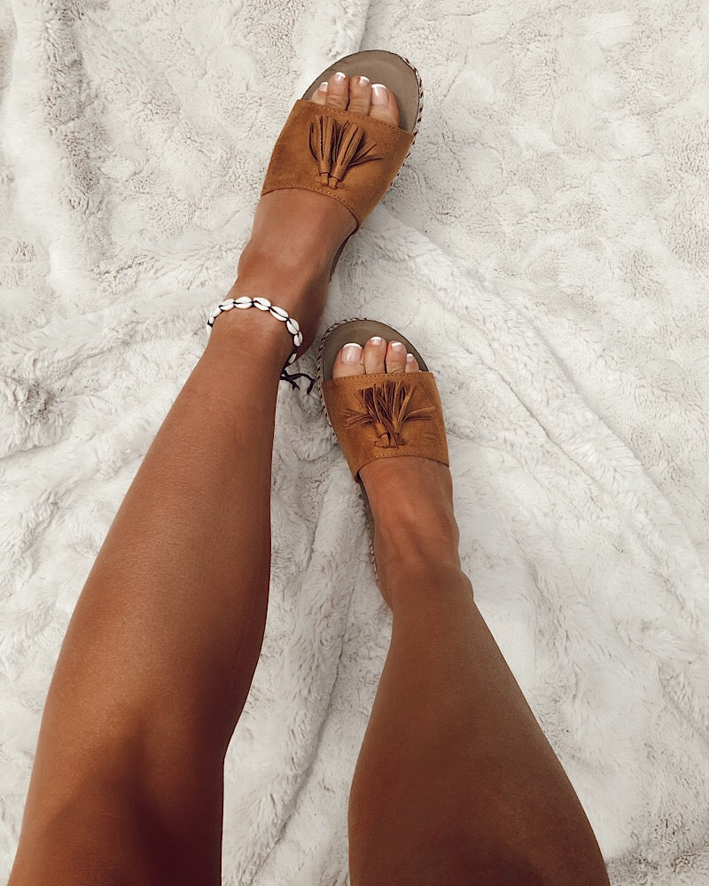 Tassel Slides in Camel