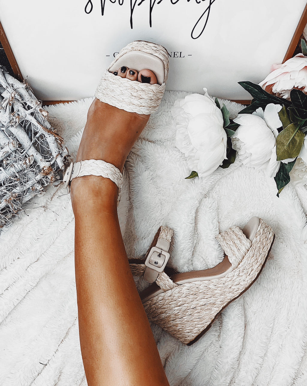 Raffia Brooke Wedge