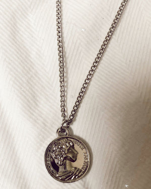 ladies silver coin necklace