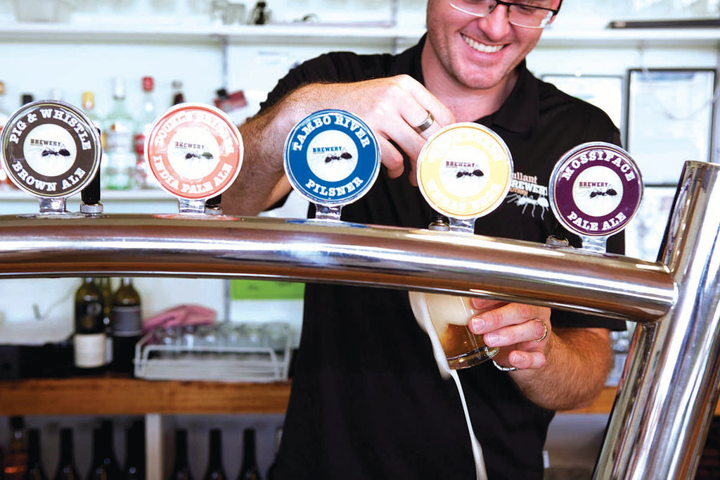 Bullant Brewery _ Pouring