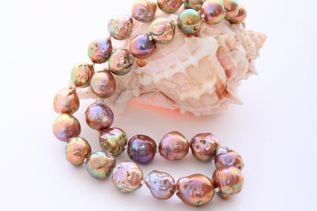 "Japan Kasumi – cultured fresh water pearls from ""beyond the mist"""