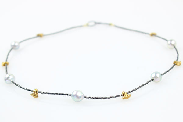 silver akoya and tailfin bead necklace