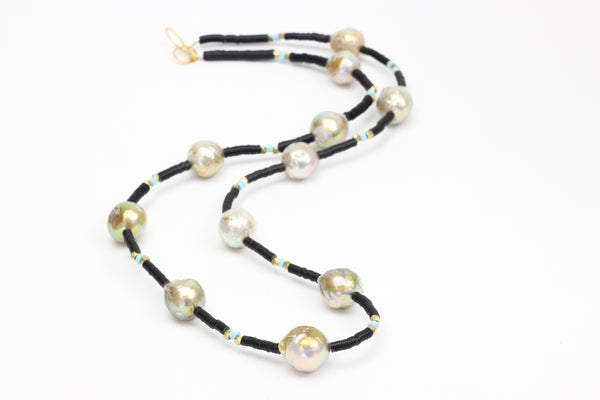 grand avenue baroque pearl necklace