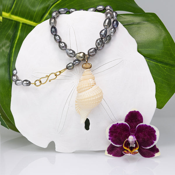 Tahitian Keshi pearl Necklace with Sapphire and Tulip Shell