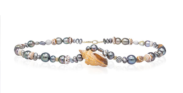 Tahitian and Seashell Delight pearl Necklace