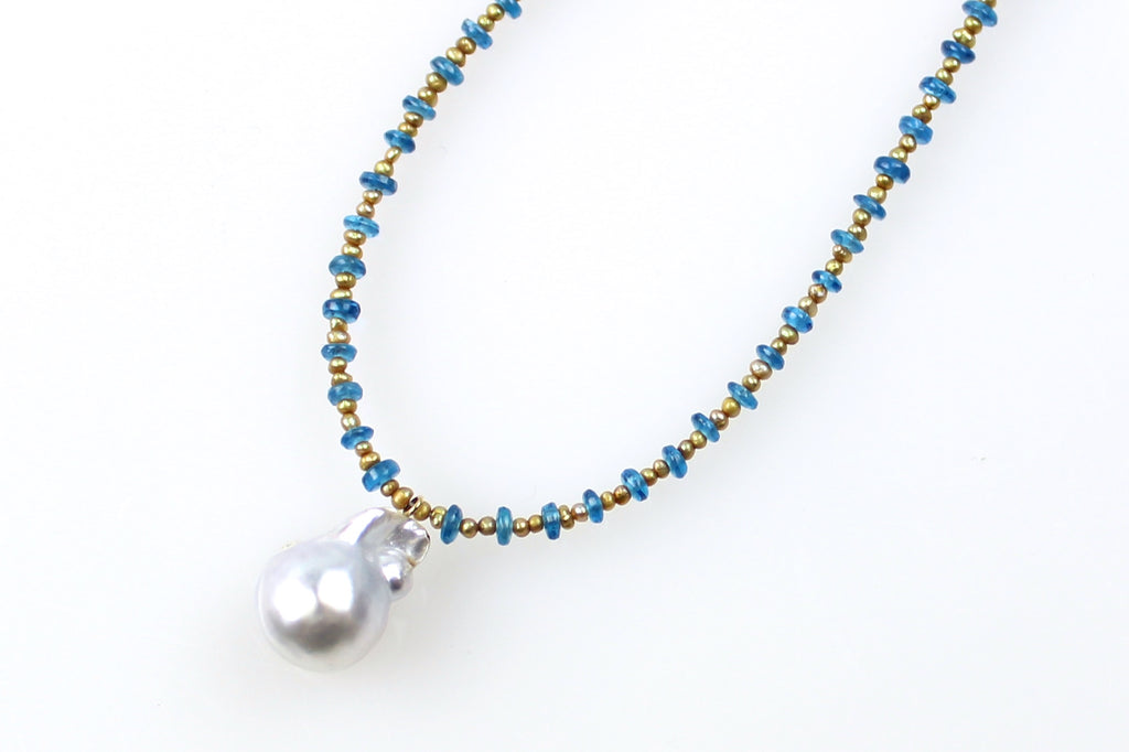 apatite and blue south sea pendant necklace