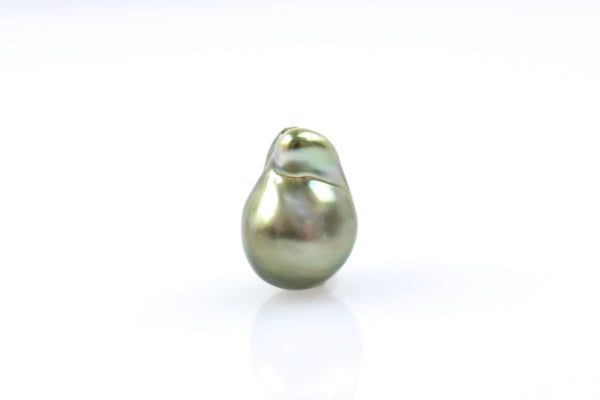 stunning pistachio deep green natural color tahitian teardrop pearl