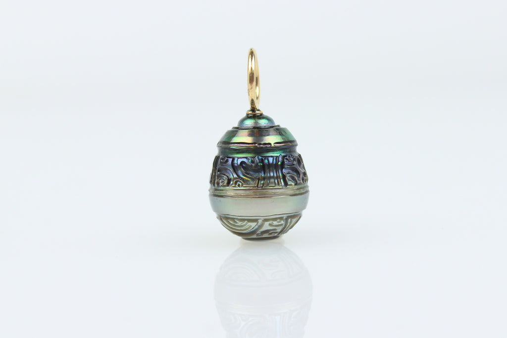 PHENOMENAL CARVED TAHITIAN PEARL PENDANT