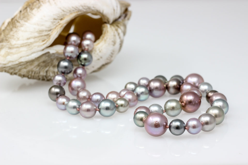 Sparkly Bubbles motley Tahitian and CFW pearl necklace