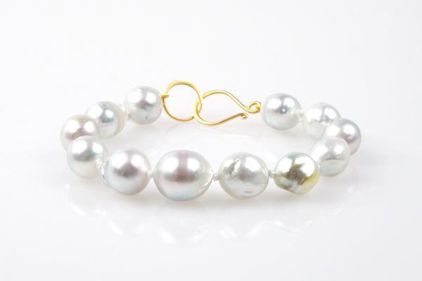 soft silvery white south sea pearl bracelet