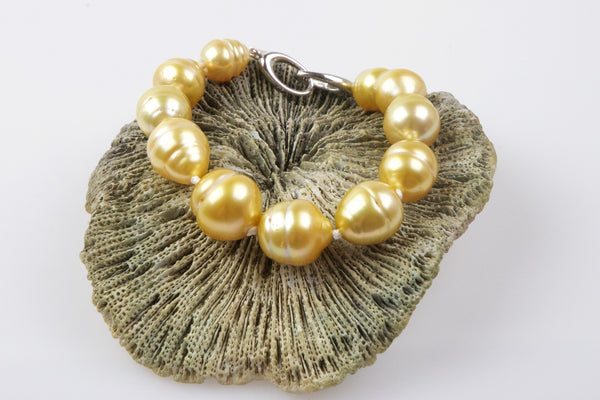 banded golden south sea bracelet
