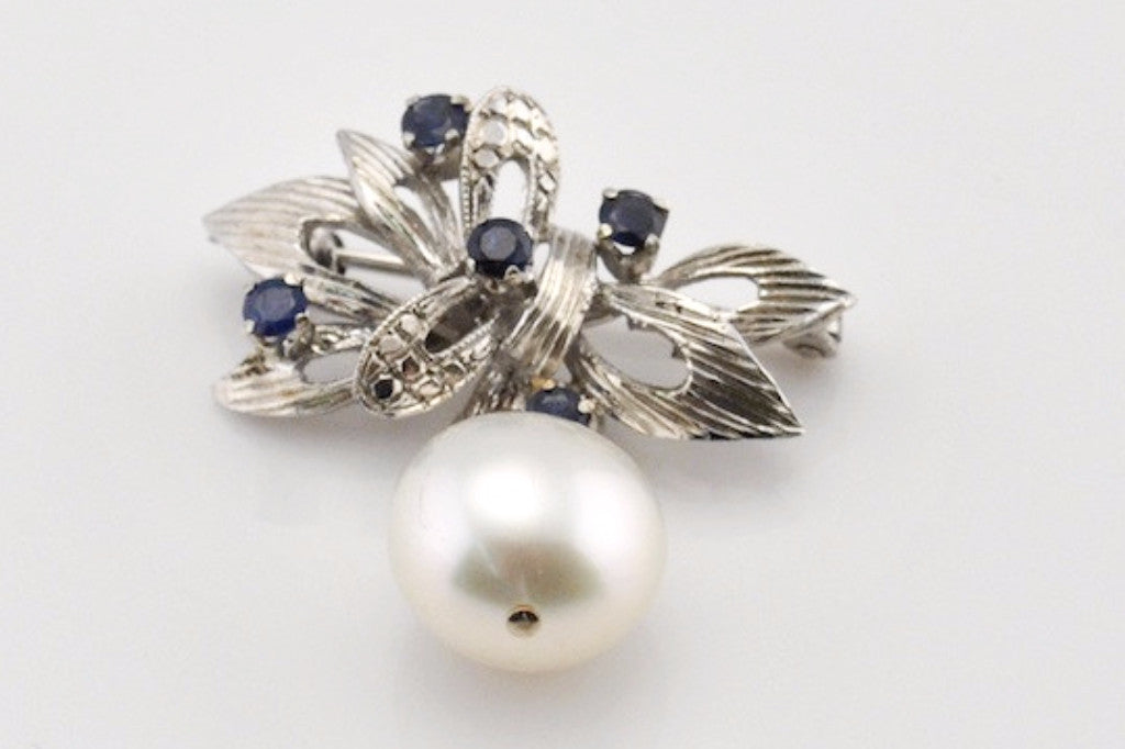 sapphire and south sea pearl vintage white gold brooch
