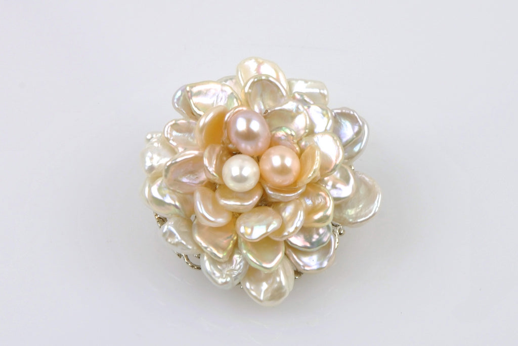 CANDY COLOR PEARL FLOWER BROOCH