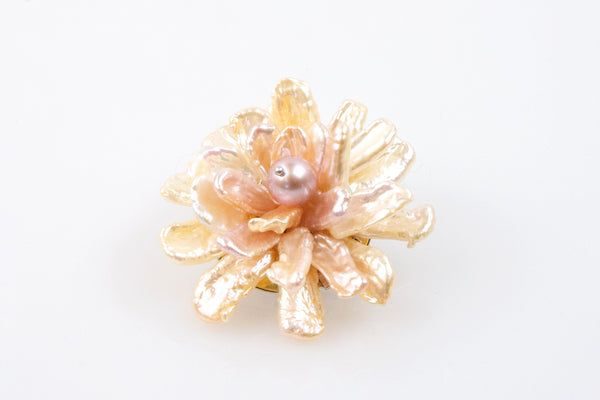 chinese freshwater pearl flower brooch