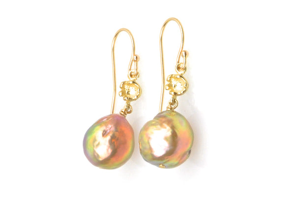 japan kasumi and gold bauble earrings