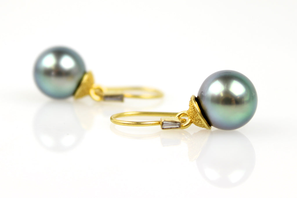swinging blue tahitian pearl earrings