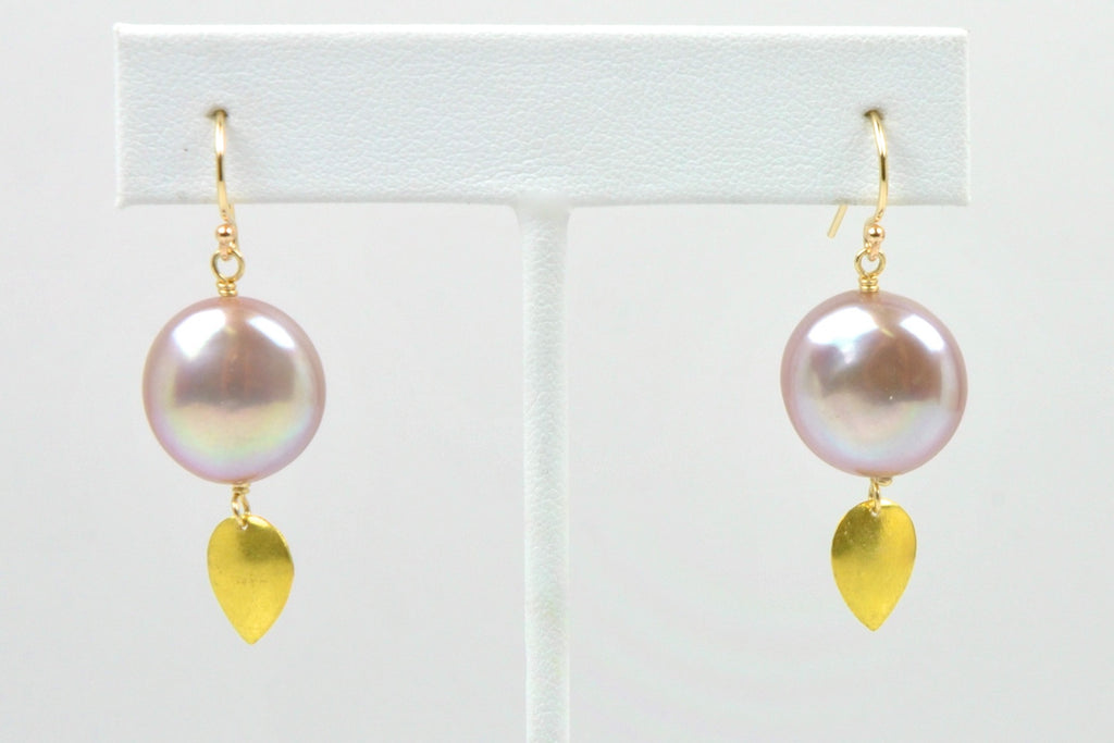 GOLDEN LEAF COIN PEARL EARRINGS