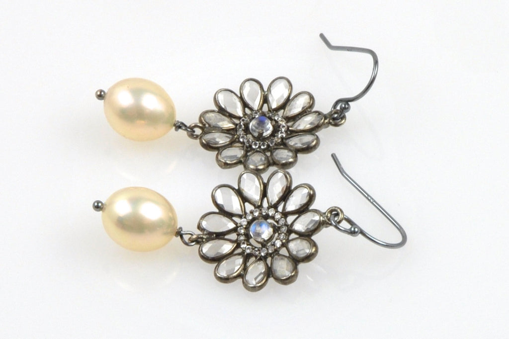 topaz daisy and apricot pearl earrings