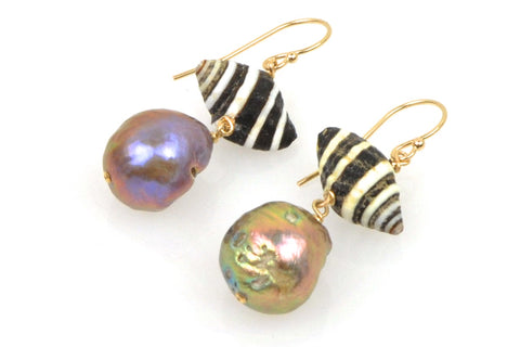 makeda zebra shell and japan kasumi pearl earrings