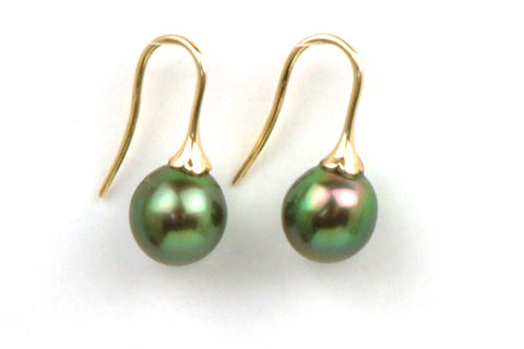 green goddess tahitian and gold earrings