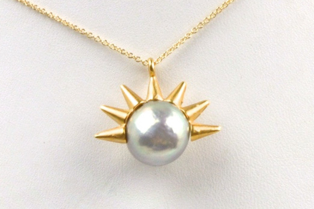 ripple pearl crown point pendant necklace