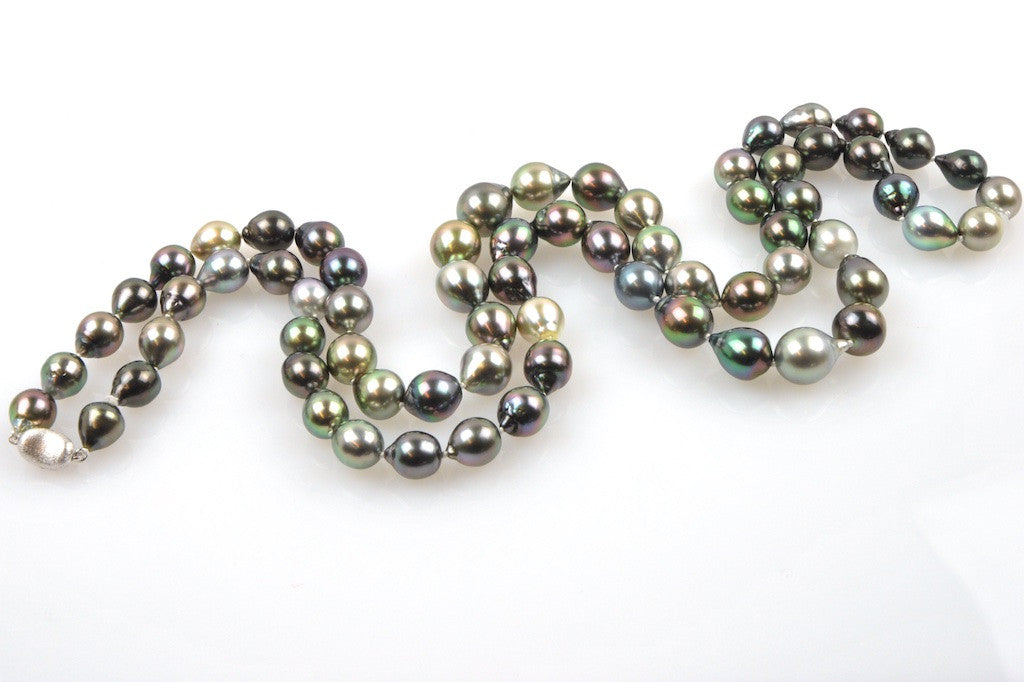 graduated tahitian drop pearl necklace