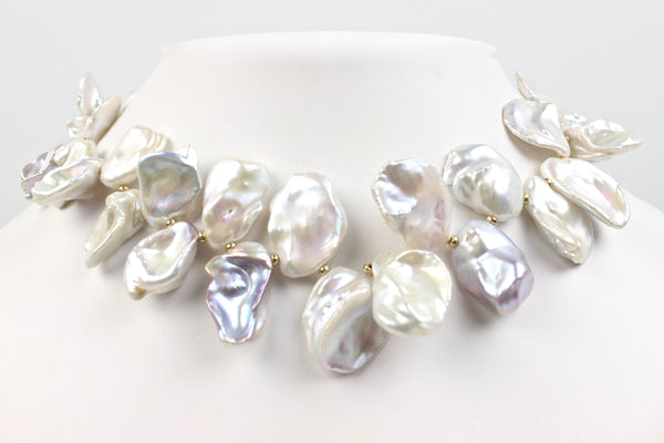 stunning petal pearl necklace
