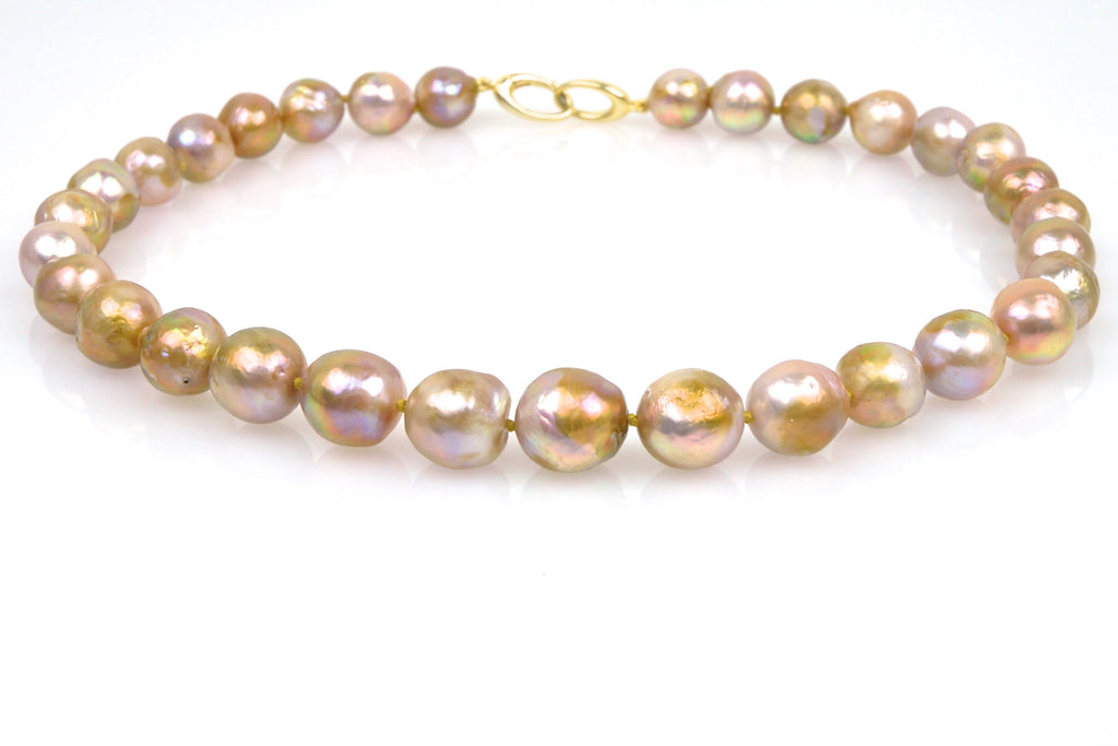 tresor pearl necklace