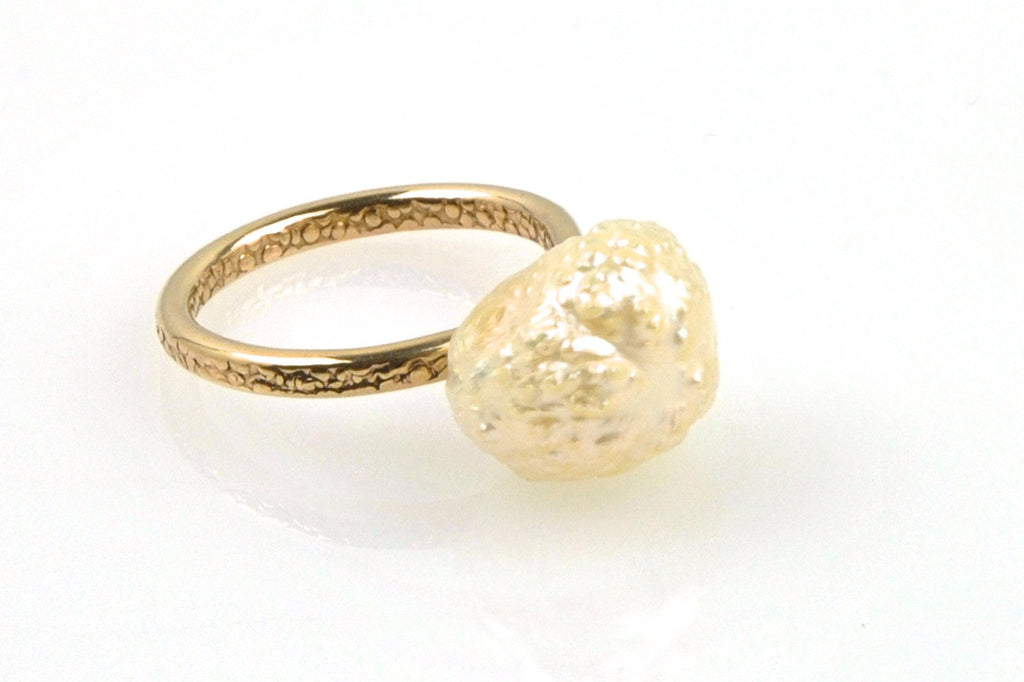white rosebud pearl ring