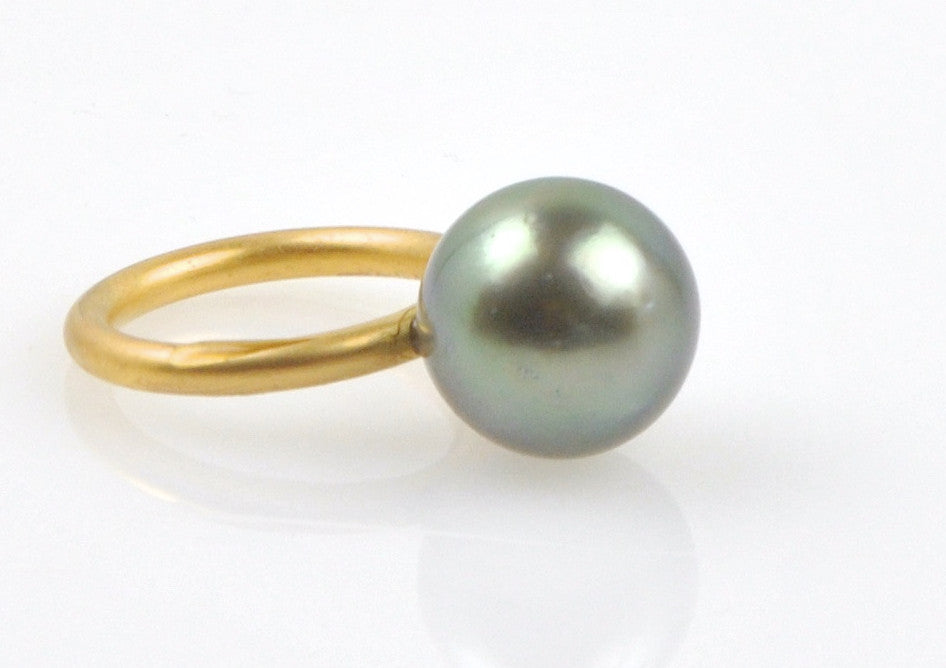 big dark green tahitian pearl stacking ring