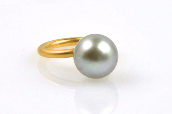 silver green 13mm tahitian pearl stacking ring