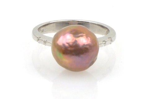 deep mauve japan kasumi pearl and diamond ring