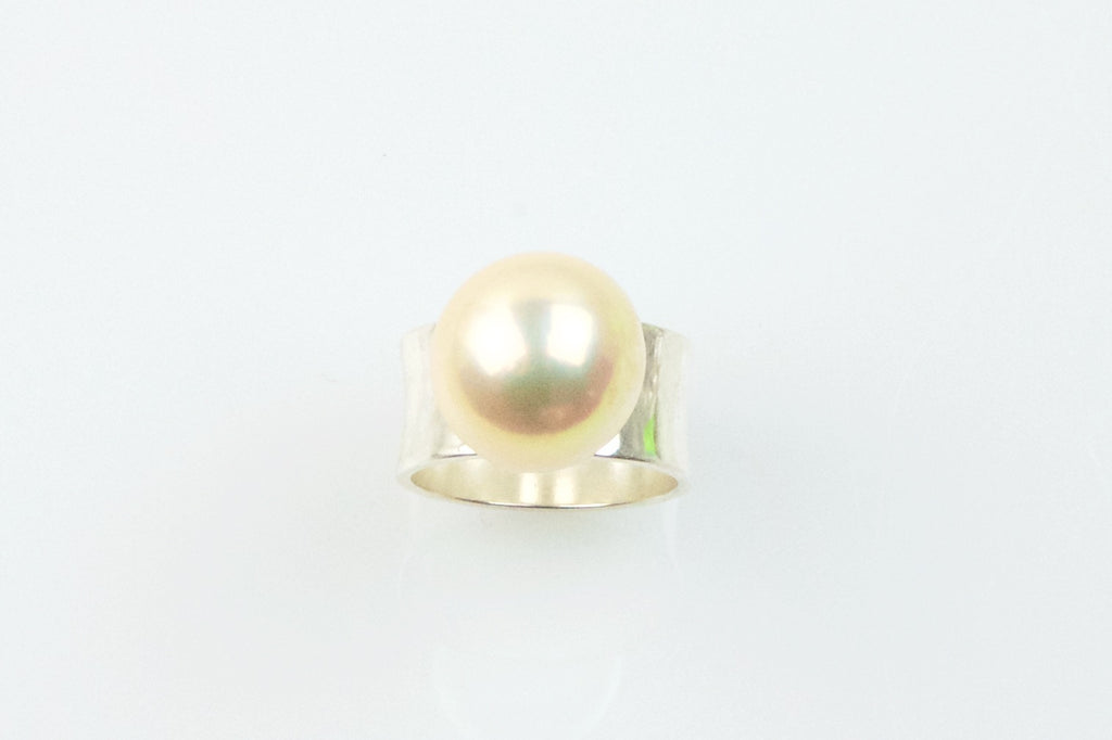 champagne bliss cocktail ring