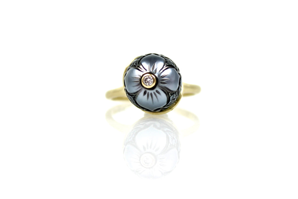 flowering tahitian pearl wave style ring