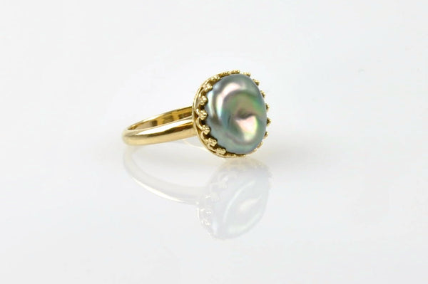 queen tahitian keshi ring